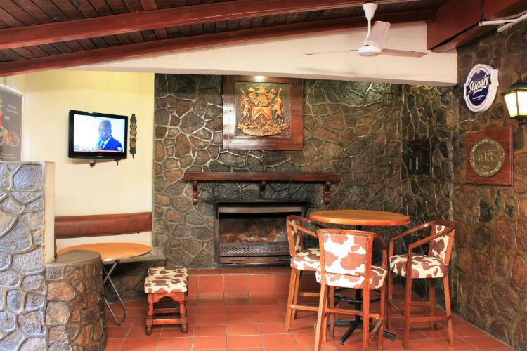 Syringa Bar
